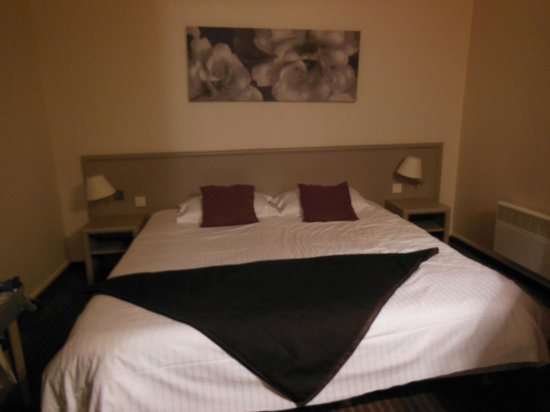 Antares Hotel : chambre