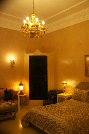 Riad Soleil d'Orient : bedroom