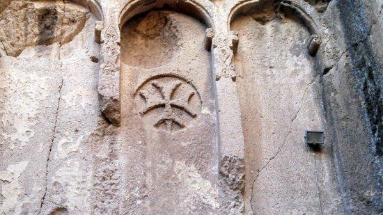 Eski Gümüşler Manastırı - Türkiye - Eski Gümüşler Manastırı Yorumları - TripA...