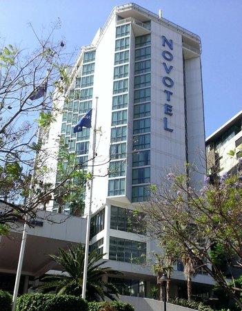 Novotel Brisbane: Hotel from streetview