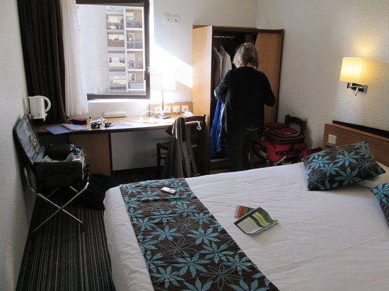 Timhotel Paris XVII Bd Berthier: Our room