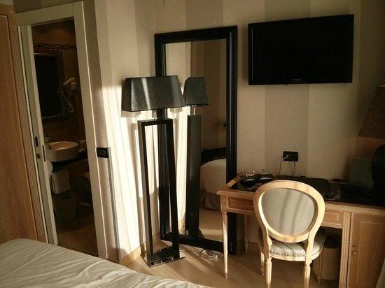 Hotel Ambasciatori: camera_2