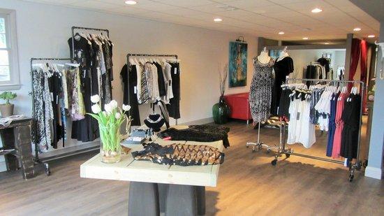 Vienna, VA: LiLi The First  - Fashion Boutique