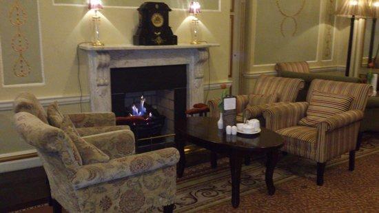 Buswells Hotel : bar