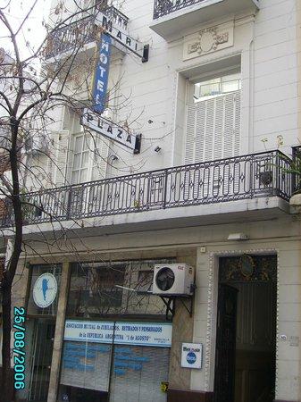 Mari Plaza Hotel : Frente