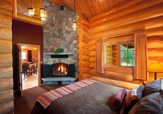 View The Executive One-Bedroom Cabin Double-sided