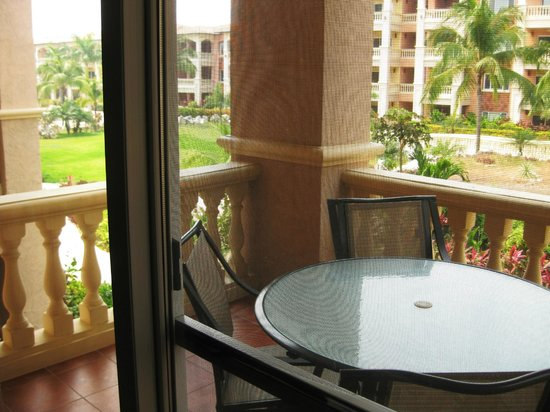 Infinity Bay Spa and Beach Resort: 1 bedroom suite balcony.