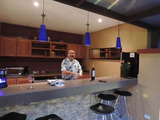 Casa de Montana Bed & Breakfast: Vist bar Terraza