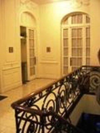 Mari Plaza Hotel : 1º Piso en doble altura