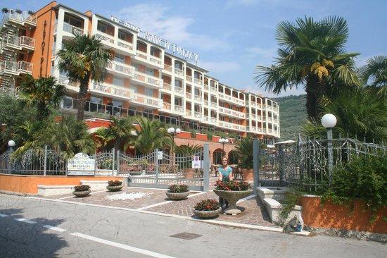 Hotel Savoy Palace - TonelliHotels : Lovely weather