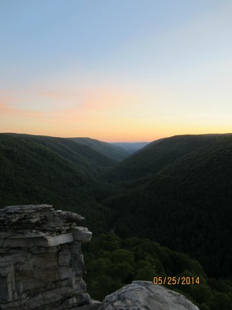 Blackwater Falls State Park Lodge: Sunset at Lindy Point