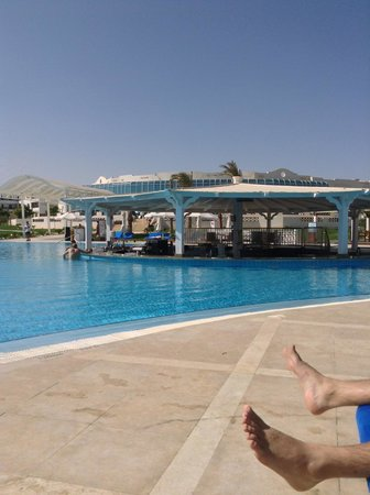 Hilton Marsa Alam Nubian Resort: Piscine Breeze
