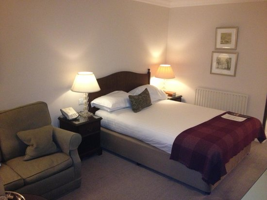 Macdonald Frimley Hall Hotel & Spa: my room 1
