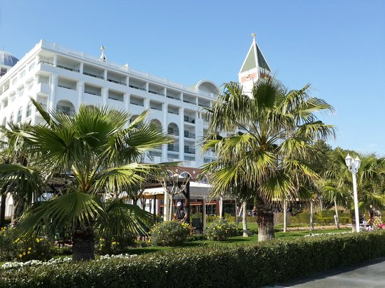 Amara Dolce Vita Luxury: Plaj tarafından genel görünüş
