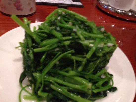 Din Tai Fung (Silvercord): Tender peapod leaves, delicious and healthy! Mar 2014