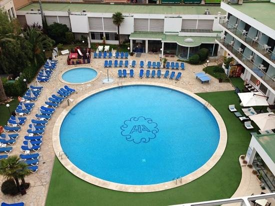 Hotel Anabel: Pool Area