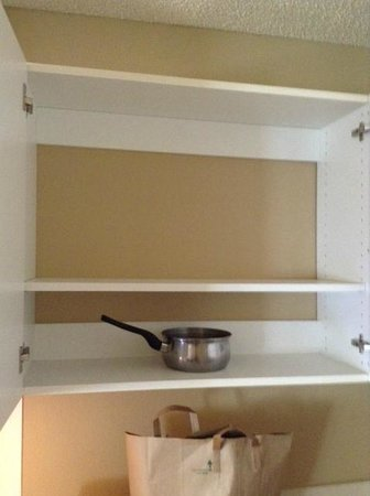 Extended Stay America - San Jose - Edenvale - South : 1 pot to cook with (no pans, or anything else)