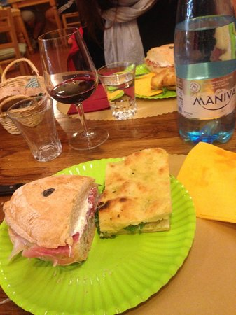 La Fett'Unta : Ciabatta&Schiacciata and Wine