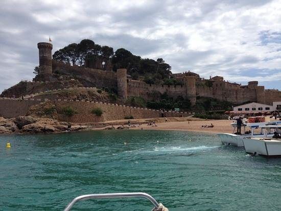 Vila Vella (Old Town): Arriving from Lloret de Mar by Boat