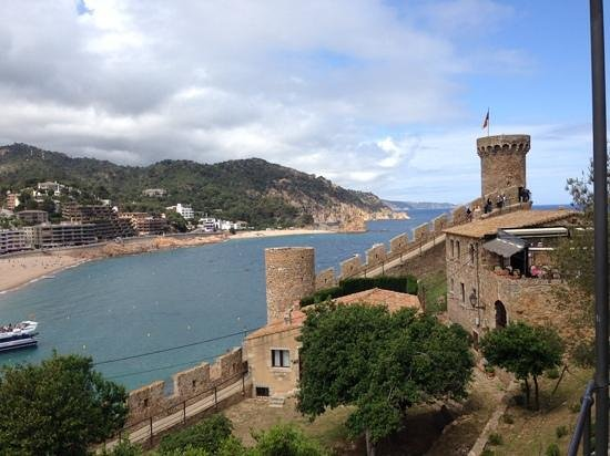 Vila Vella (Old Town): One of the Cool Views