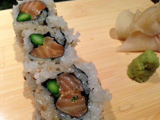 Nobu : salmon roll
