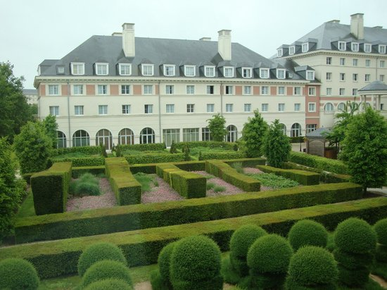 Vienna House Dream Castle Paris: Il giardino incantato