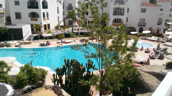 Sunset Harbour Club: Территория отеля