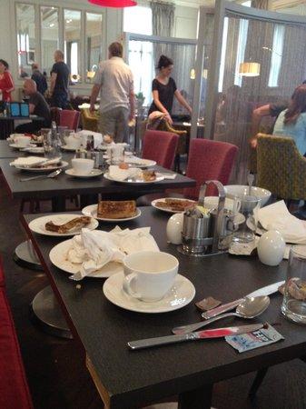 Hotel Indigo Glasgow: breakfast chaos