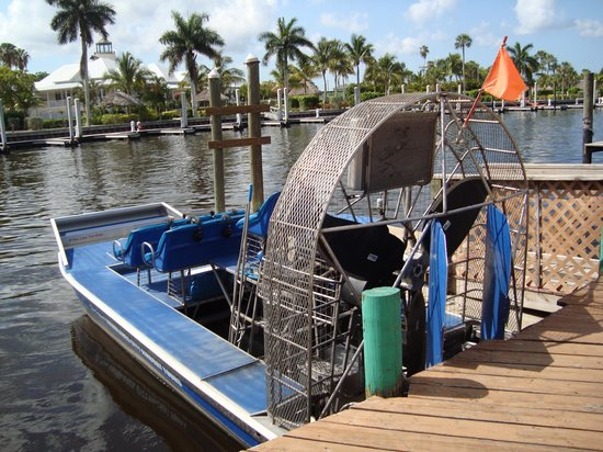 Everglades City Airboat Tours : Boat