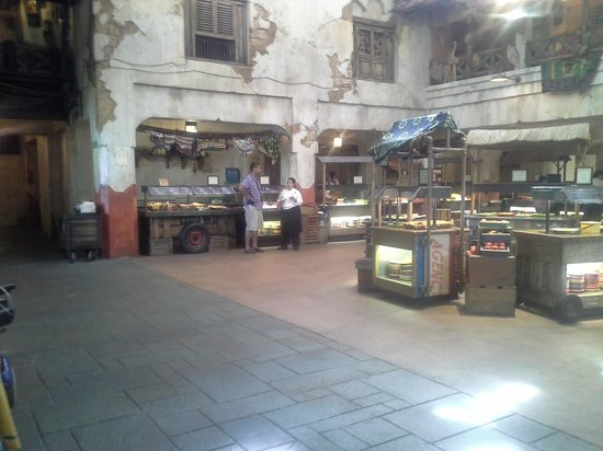 Tusker House Restaurant: various food stations