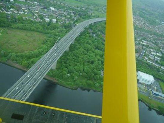 Loch Lomond Seaplanes: Over the Erskin Bridge