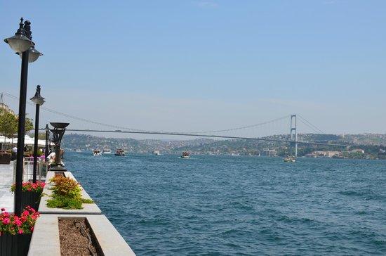 Four Seasons Istanbul at the Bosphorus: bosphoro