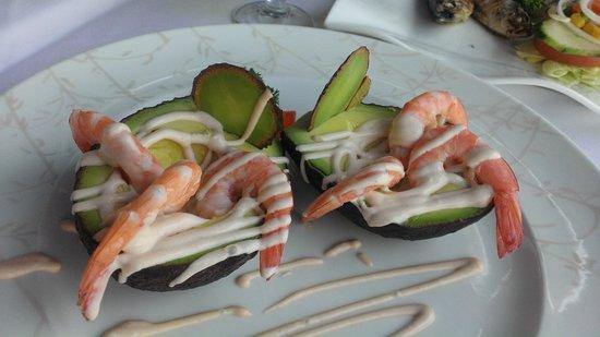 Odissea Restaurant: Авокадо с креветками