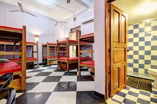 La Brisa Loca Hostel : 10 Person Dorm