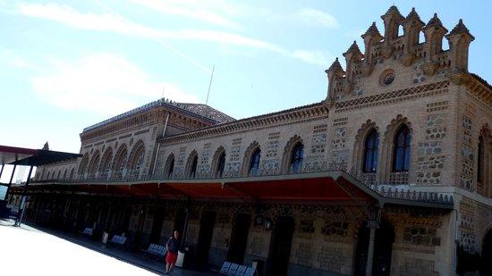 Estación del Ferrocarril: Street Facade of the Toledo Station