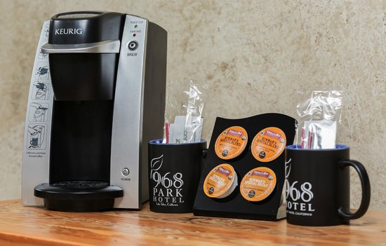 Hotel Becket: Keurig coffee maker and organic coffee in every room.