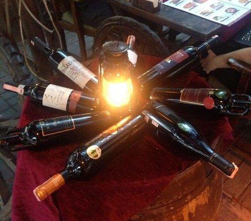 Ev Restaurant: Fine selection wines!!