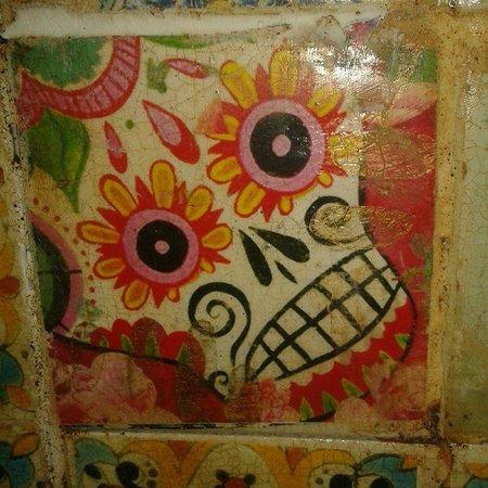 Miss Margarita : Funky decor tiles..