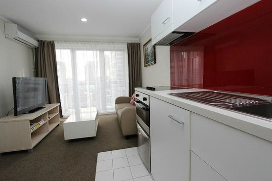 Waldorf Bankside Serviced Apartments: Superior Apartment Suite Kitchen