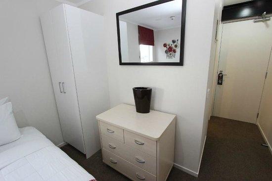 Waldorf Bankside Serviced Apartments: Superior Apartment Suite Bedroom