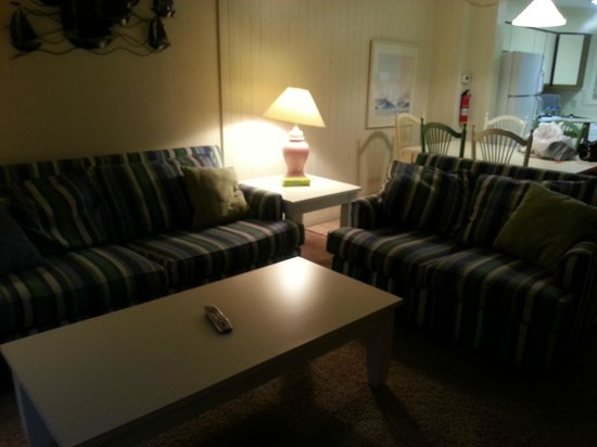 Ocean High Condominium Association: Living Room
