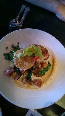 Etta's Seafood : Crab cakes