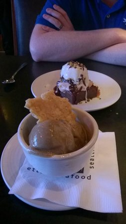 Etta's Seafood : Espresso Ice cream and Salted Caramel brownie Sundae
