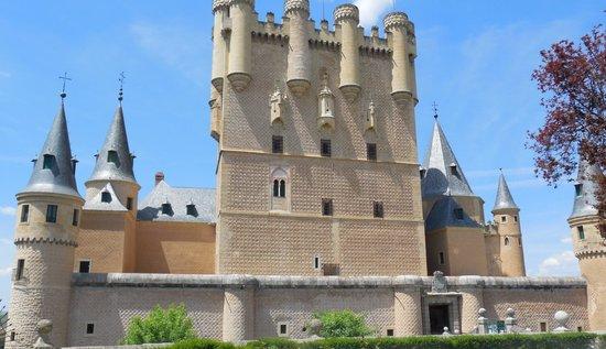 Alcazar de Segovia: Beautiful Facade