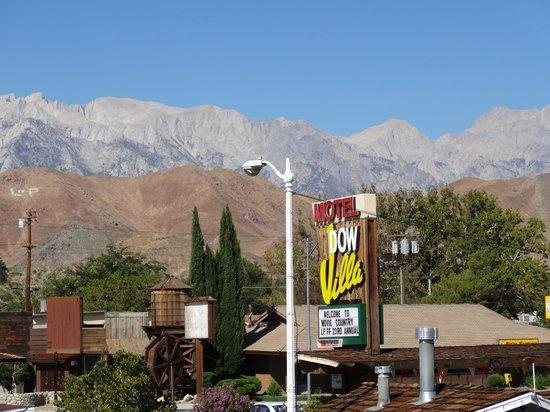 Dow Villa Motel: Cute Town