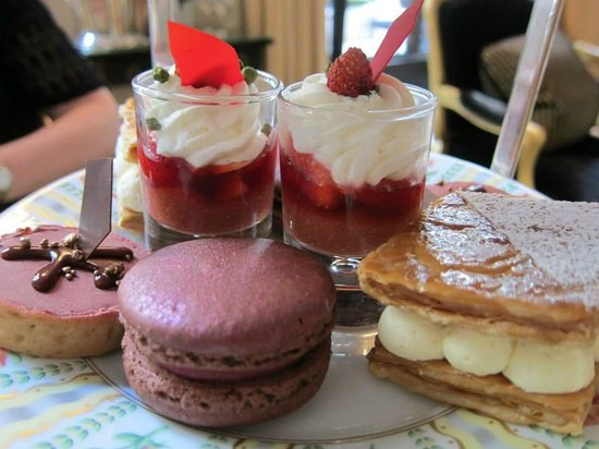Four Seasons Hotel George V Paris : High Tea at the George V
