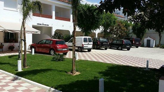 Hostal Las Cumbres: Ansicht von der Strasse