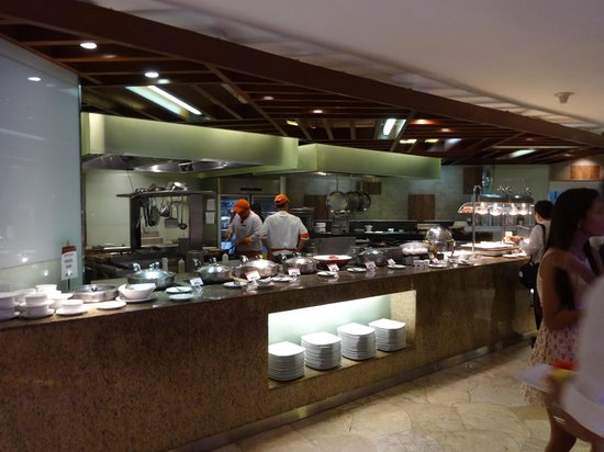 Cebu Plaza Hotel: レストラン
