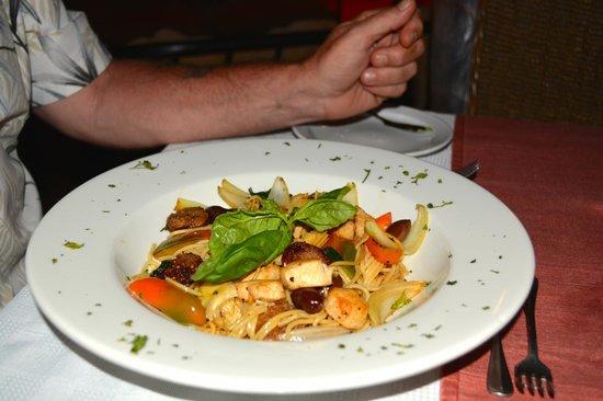 Villa del Sueño: A Mediterranean Pasta Dish - My husband's favorite