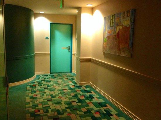 Hotel Metro: Hallway
